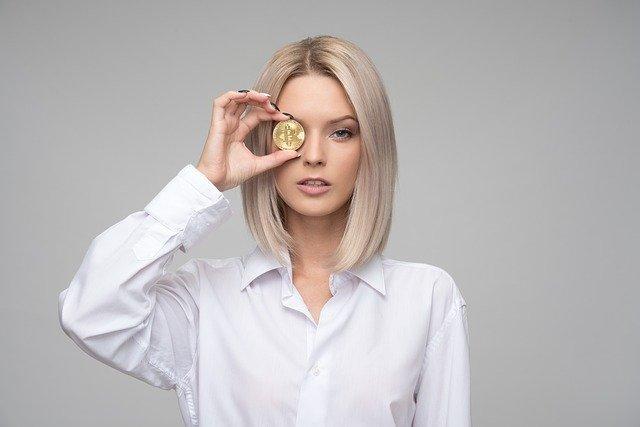 girl bitcoin